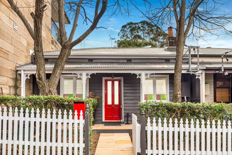 Sydney Architects and Project Managers, The Site Foreman transformed this Balmain Cottage with an extension from two to three bedroom property.